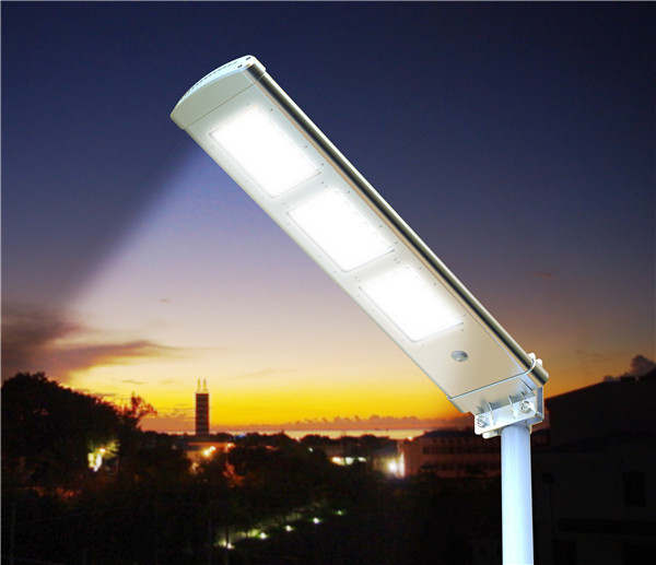 Street Or Courtyard Light Solar Powered Ssl 03 3000 Lumen